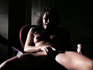 Submissive sex games - lesbians in the dark
