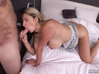 Morning sex with big ass wife