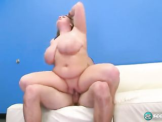 Huge fat girl jumps on dick and shakes her boobs