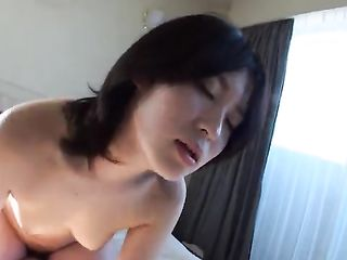Asian shows hairy pussy in cum after sex