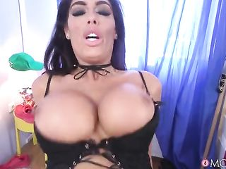 Dude in tattoo fucks the brunette with tits upright