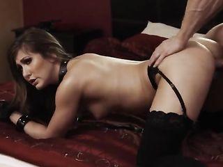 Paige Owens loves sex with BDSM elements