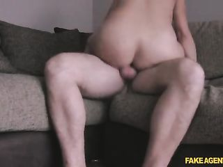 The man fucks not a young mistress and do home video