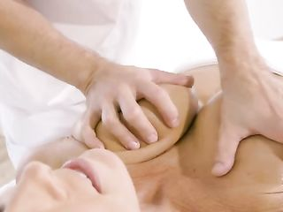 Massage therapist caresses Reagan Foxx's big boobs