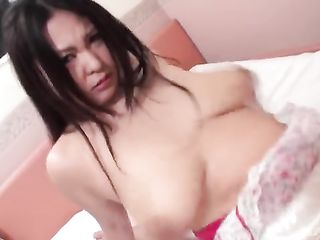 Fucking the hairy pussy of a fat Japanese woman with big tits