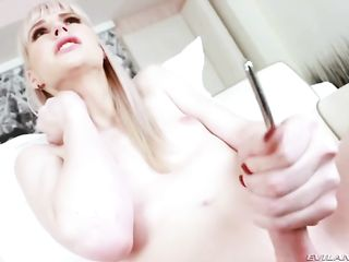 Lianna Lawson plays with her penis with an anal plug
