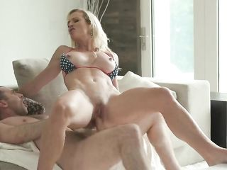 Sucking gorgeous blonde while her husband is at work