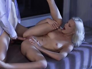 Sex with a blonde in the dark