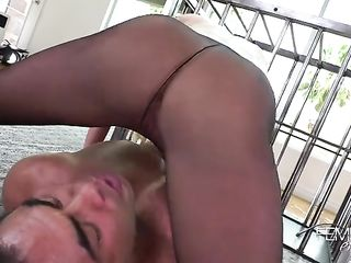 Silicon blonde sits on helpless guy's face