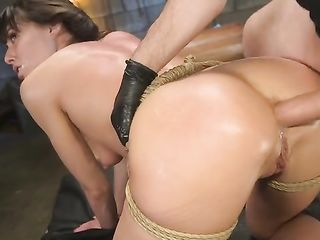 After a throaty blow job, Vera King gets a cock in her anus