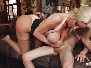 Sex with a gorgeous woman on a call